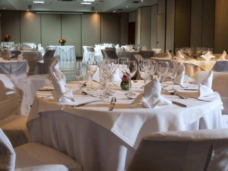Embassy Suites by Hilton Bogota Rosales Restaurant