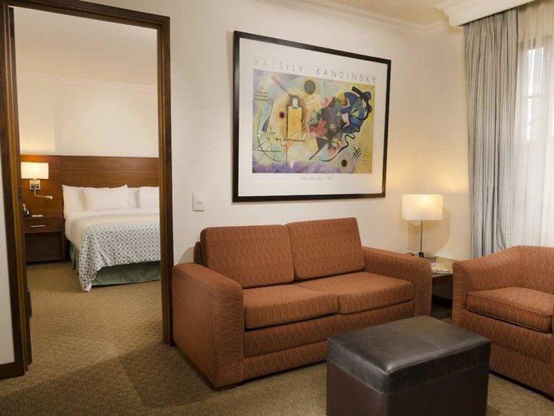 Embassy Suites by Hilton Bogota Rosales Wohnbeispiel