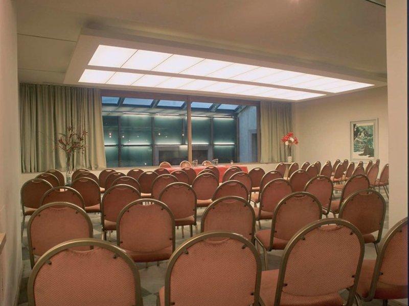 Hotel NH Cordoba Urbano Konferenzraum
