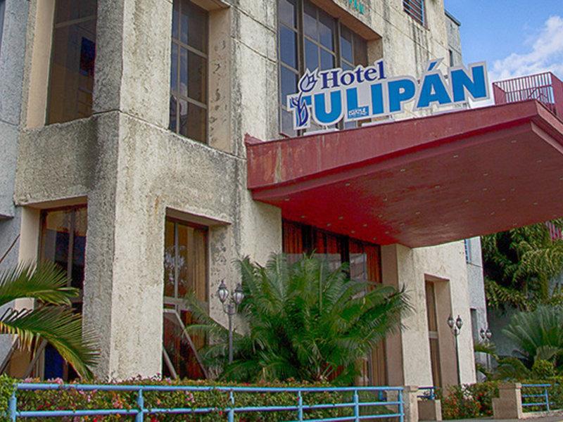 Tulipan Hotel Außenaufnahme