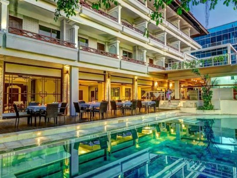 Maharani Beach Hotel Pool