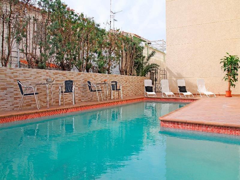 Apartamentos Dona Carmen 3000 Pool
