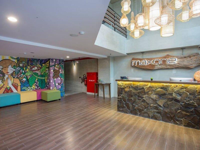 Maxonehotels at Ubud Außenaufnahme