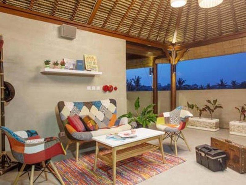 Maxonehotels at Ubud Bar