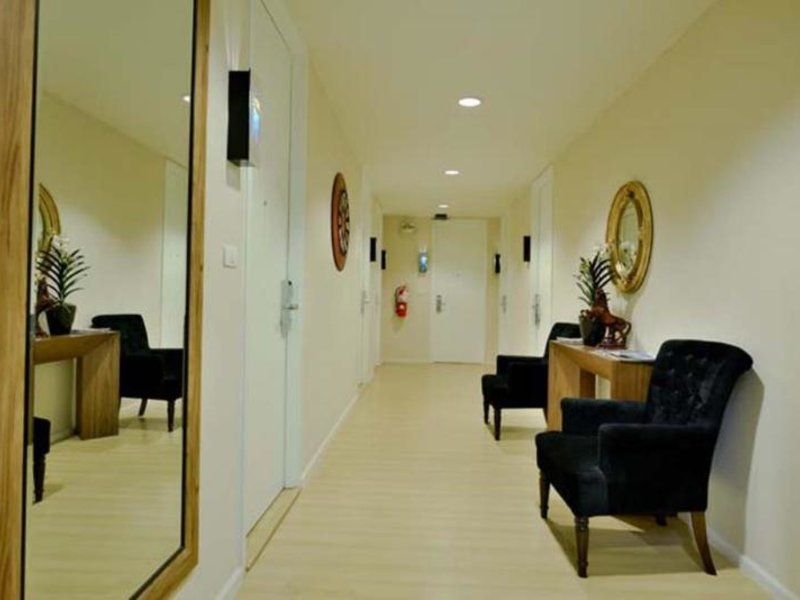 iCheck inn Skyy Residence Sukhumvit Soi 1 Lounge/Empfang