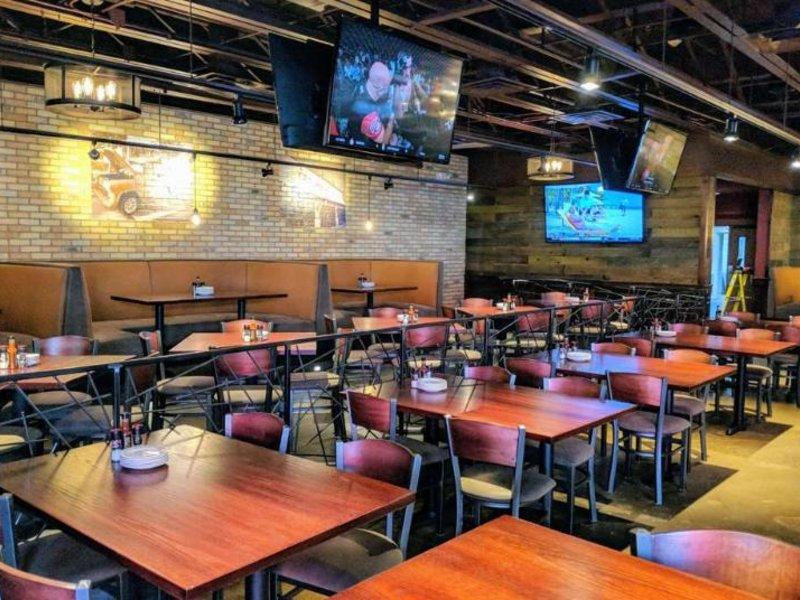 Ramada Plaza Chicago North Shore Restaurant