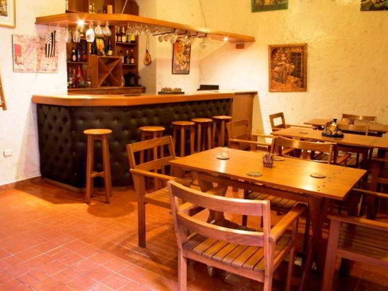 Posada Nueva Espana Bar