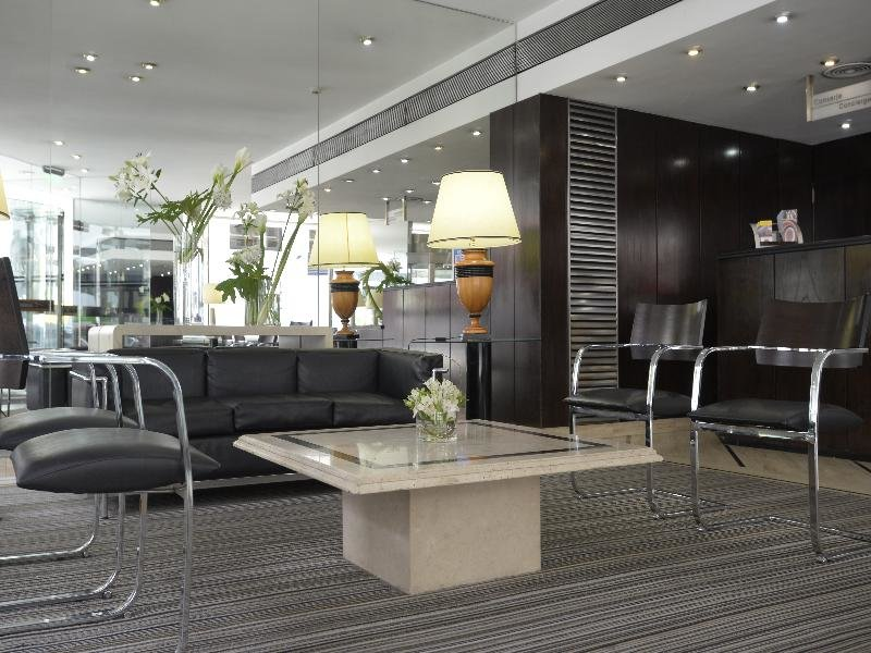 Bisonte Palace Lounge/Empfang