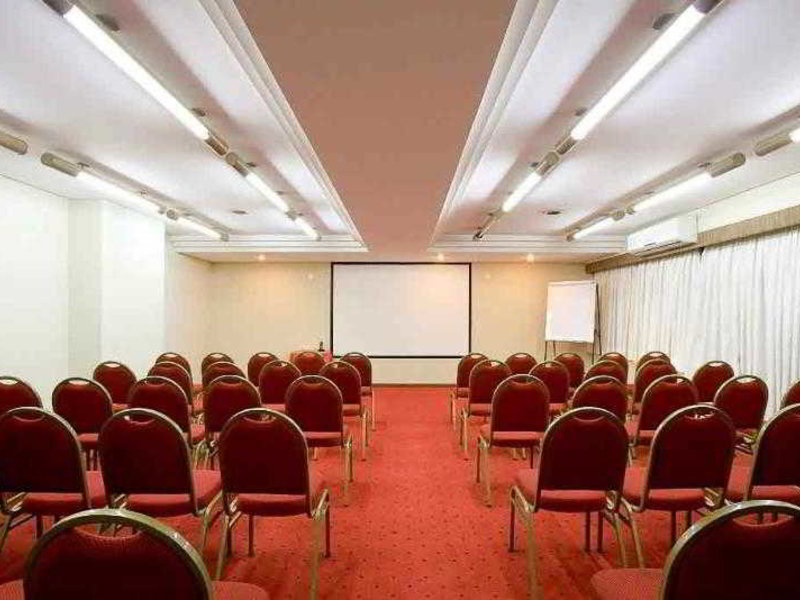 Mercure Curitiba Golden Hotel Konferenzraum
