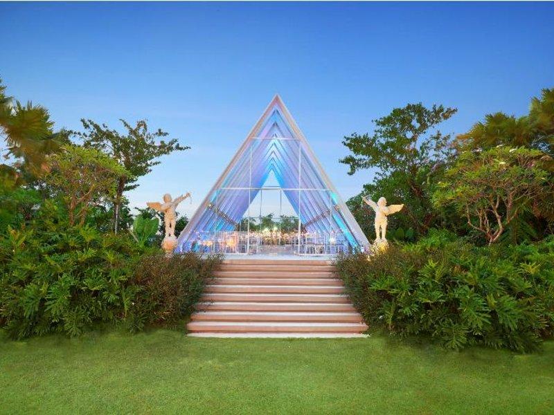 HARRIS Hotel & Residences Sunset Road Garten