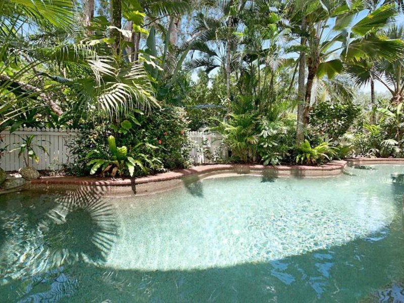 The White House Port Douglas Pool