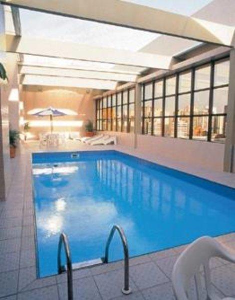 Mercure Curitiba Golden Hotel Pool