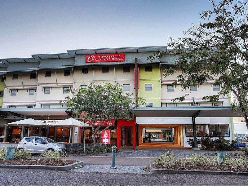 Townsville Central Hotel  Außenaufnahme