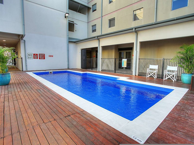Townsville Central Hotel  Pool