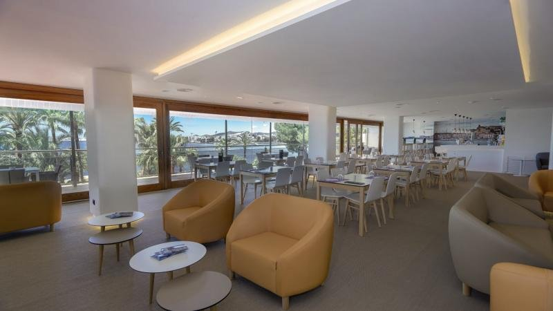 THB Los Molinos Class - Erwachsenenhotel ab 18 JahrenLounge/Empfang