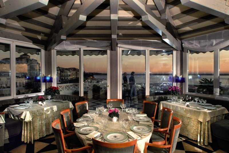 Grand Hotel Ortigia SiracusaRestaurant