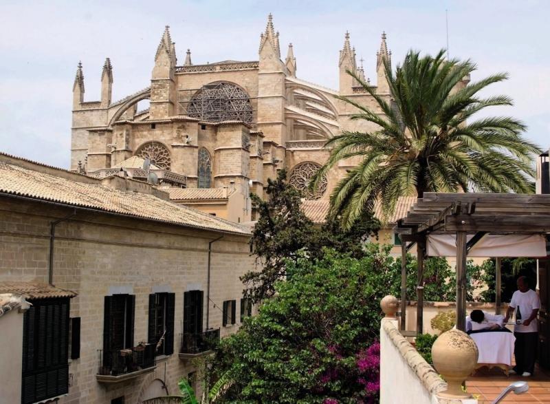 Palacio Ca Sa GalesaAuߟenaufnahme