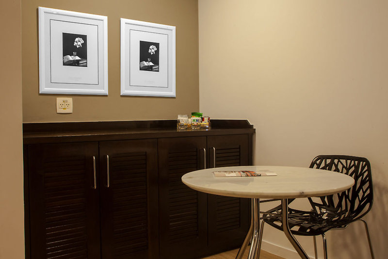 Quality Suites Alphaville Badezimmer