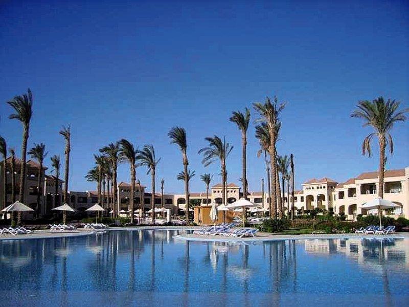 Cleopatra Luxury Resort Makadi BayPool