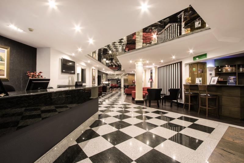 Pergola Club Hotel & SpaLounge/Empfang
