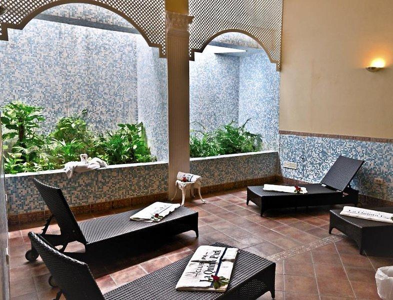 La Quinta Park Suites & SpaWellness