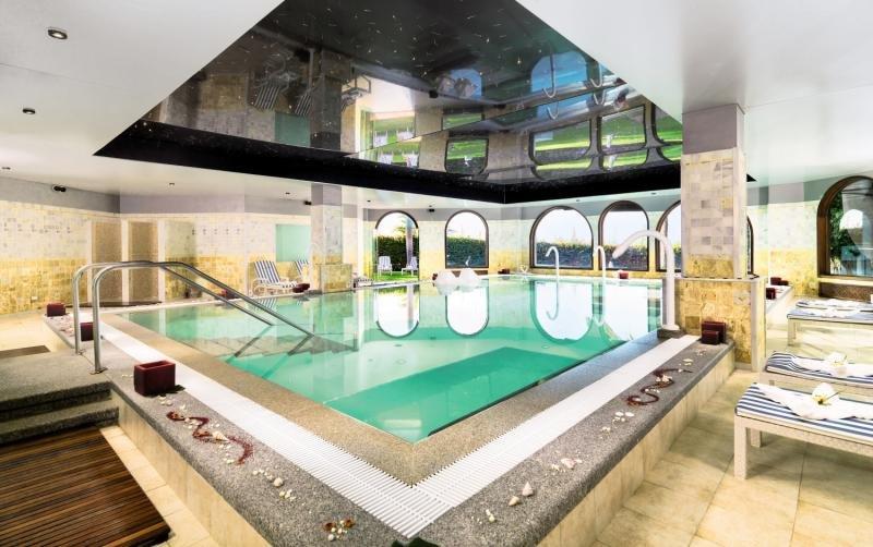 Princesa Yaiza Suite Hotel ResortHallenbad