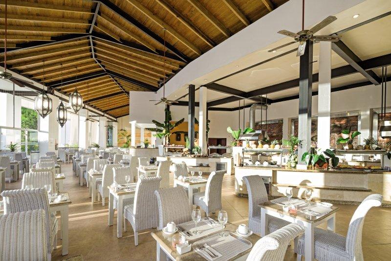 BlueBay Villas Doradas - ErwachsenenhotelRestaurant