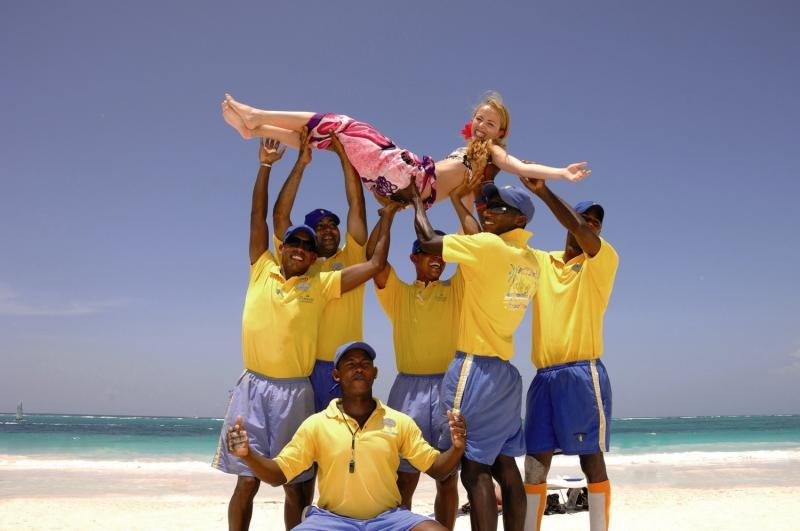 Tropical Princess Beach Resort & SpaPersonen