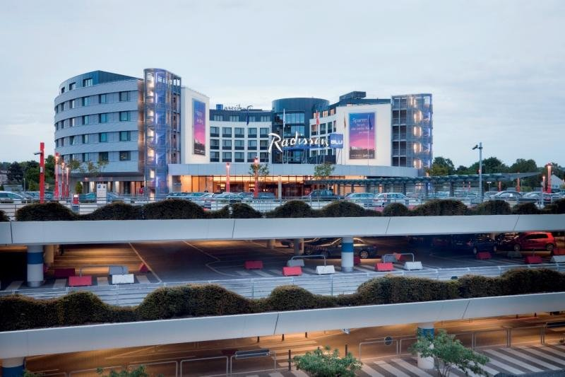 Radisson Blu Hotel Hamburg Airport Außenaufnahme
