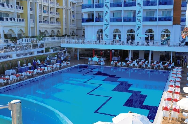 Palm World Resort & Spa Side Pool
