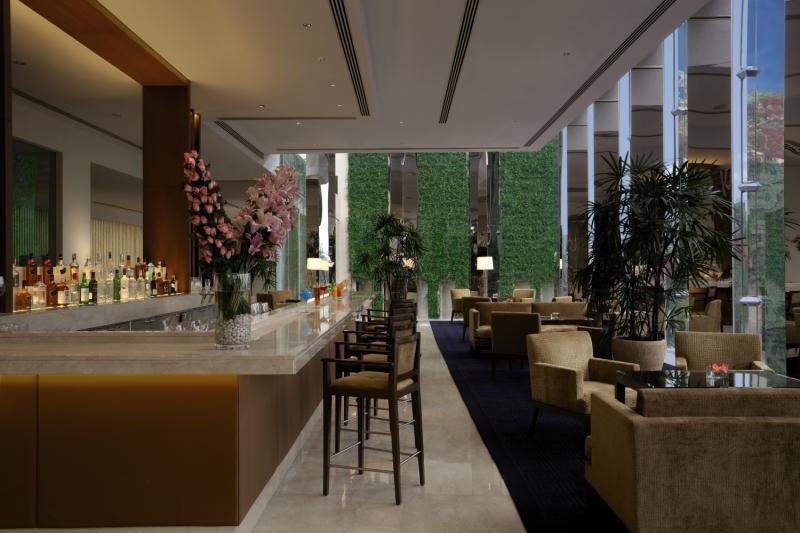 The Oberoi Gurgaon Bar