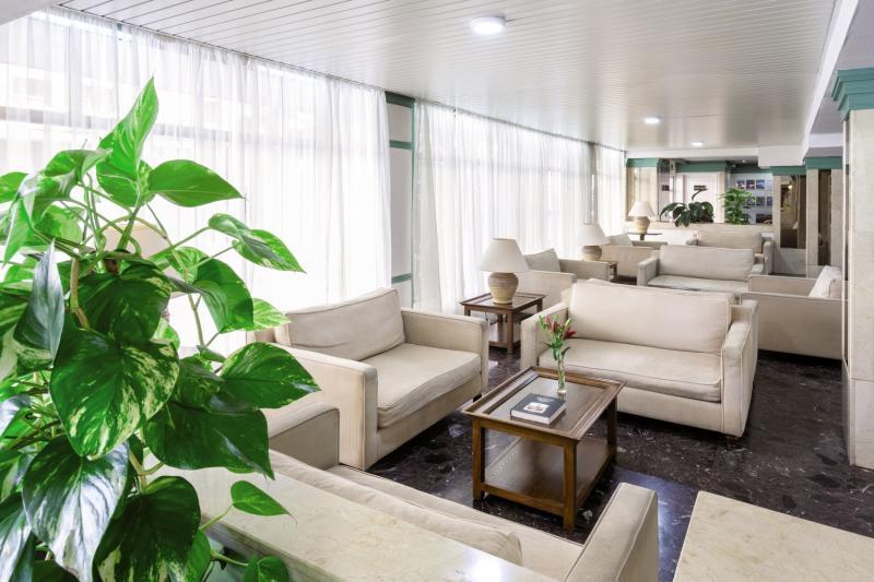 Trianflor Lounge/Empfang