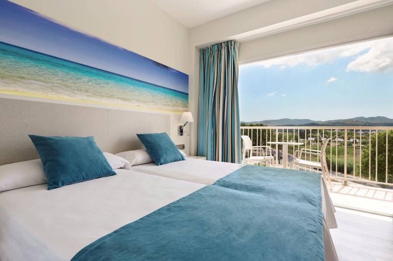 Invisa Hotel Es Pla - Erwachsenenhotel ab 18 Jahren Wohnbeispiel