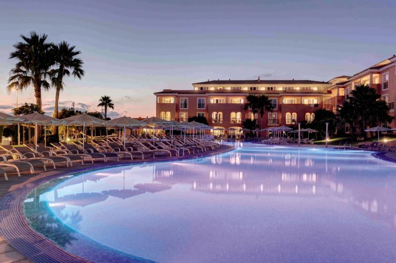 Grupotel Macarella Suites & Spa Pool