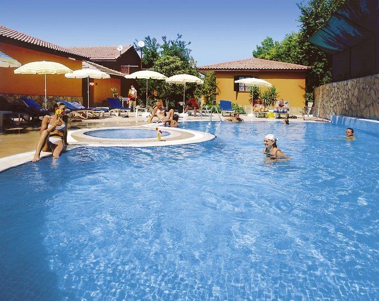 Özlem Garden Pool