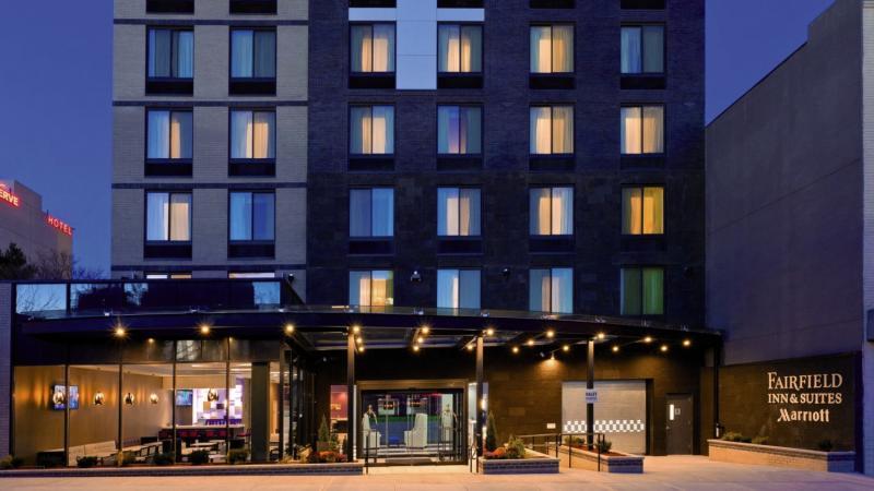 Fairfield Inn & Suites New York Queens/Queensboro Bridge Außenaufnahme
