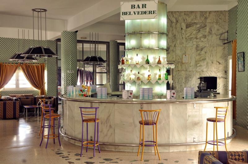 Tagadirt Bar