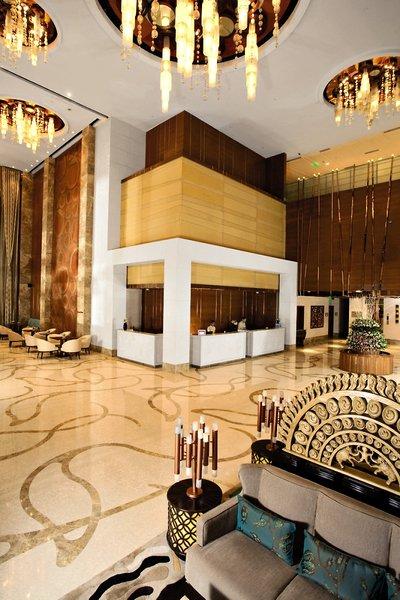 Crowne Plaza New Delhi Okhla Lounge/Empfang
