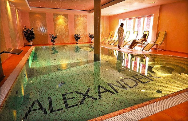 Willa Alexander Pool
