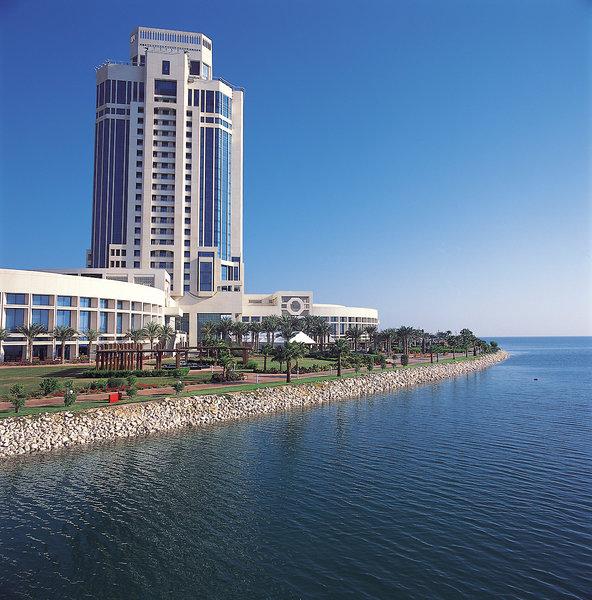 The Ritz-Carlton Doha Außenaufnahme