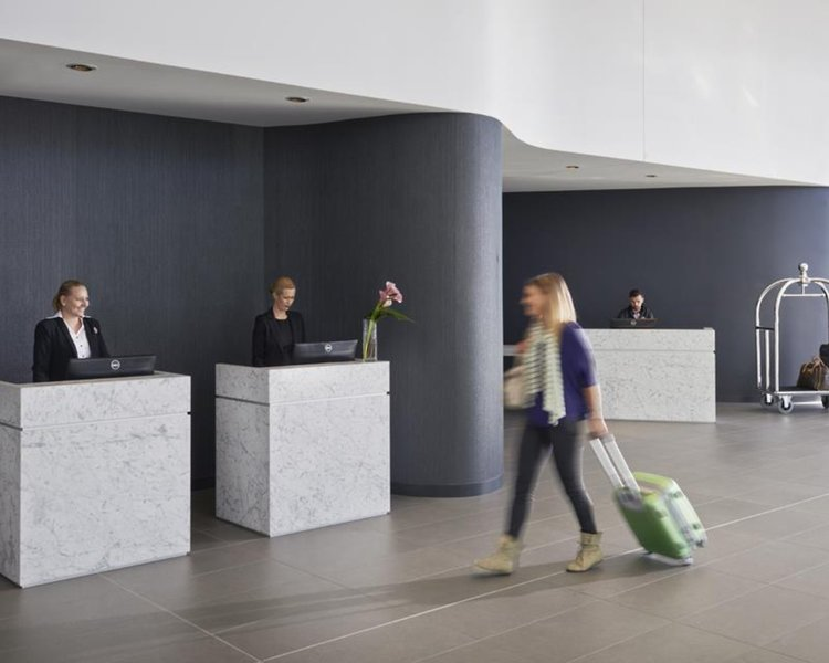 Rydges Sydney Airport Lounge/Empfang