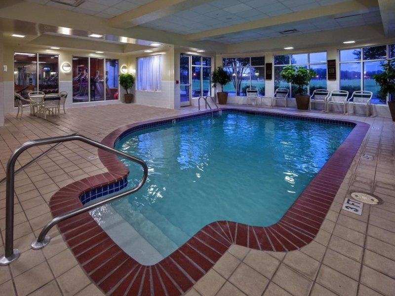 Hilton Garden Inn Lafayette / Cajundome Pool