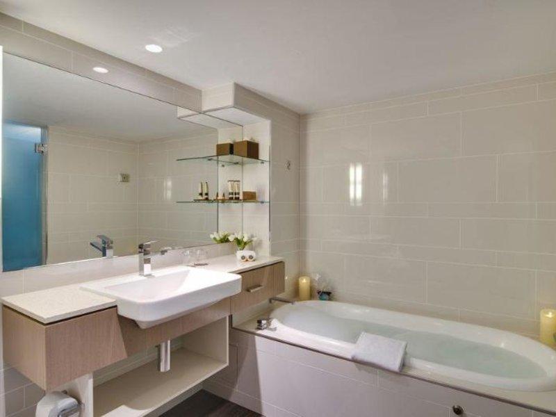 The Point Hotel Brisbane Badezimmer