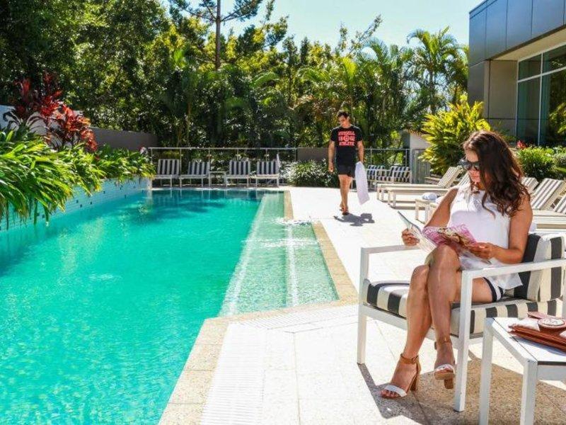The Point Hotel Brisbane Pool