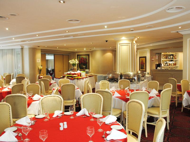 Paulista Wall Street Suites Restaurant