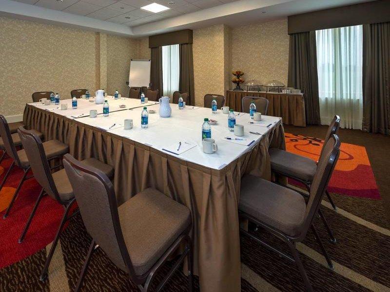 Hilton Garden Inn Lafayette / Cajundome Konferenzraum