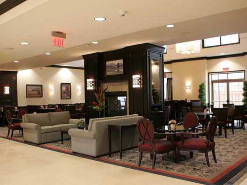 Homewood Suites by Hilton Toronto Airport Corporate Centre Lounge/Empfang