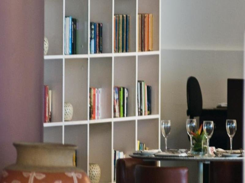Luzeiros Lounge/Empfang