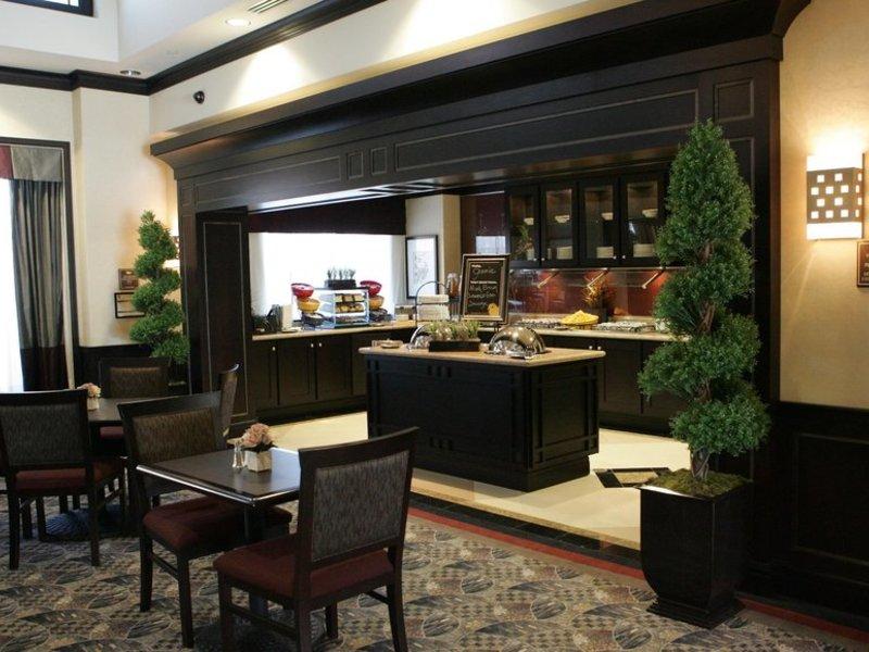 Homewood Suites by Hilton Toronto Airport Corporate Centre Restaurant