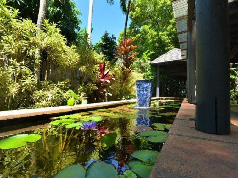 Reef Club Resort Pool